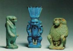 Amuletos procedencia desconocida época tardía