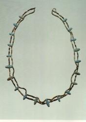 Cadena. Cuentas de cerámica 83 cm Mastaba D208 Guiza inv nº 3770 din V-VI