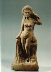 Figura Diosa Isis-Afrodita Arcilla cocida 21 cm inv nº 5065 siglo II a.C