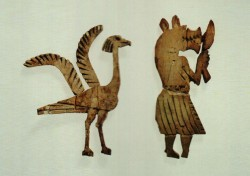 Incrustaciones Marfil 9 y 10 cm Kerma tumba 439 inv nº 3808 3806 1650 a.C