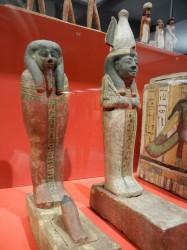 Ptah_Sokar_Osiris_el primero representa a Padinub_el segundo a Pajaru