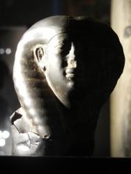 Busto Hathorico mujer din 12