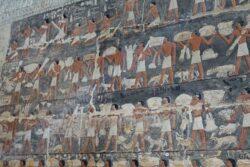 Paseo virtual por la tumba de Mehu