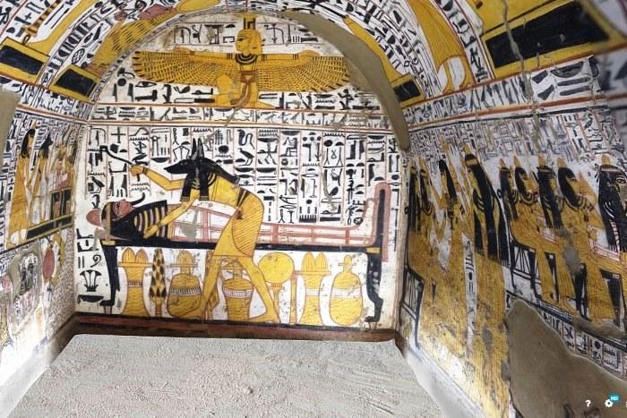 Paseo virtual por el extremo sur de la cámara funeraria de Nebenmaat