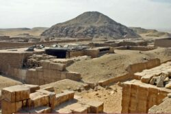 PUBLICACIÓN ONLINE: The Architecture of mastaba tombs in the Unas Cementery