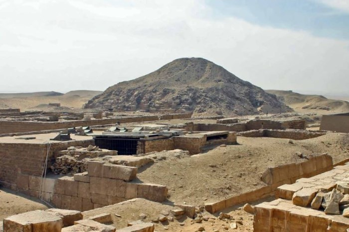 Acceso a lectura libre: The Architecture of Mastaba Tombs in the Unas Cementery